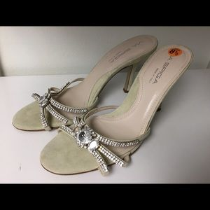 Via Spiga jeweled sleeper sandals size 8.5